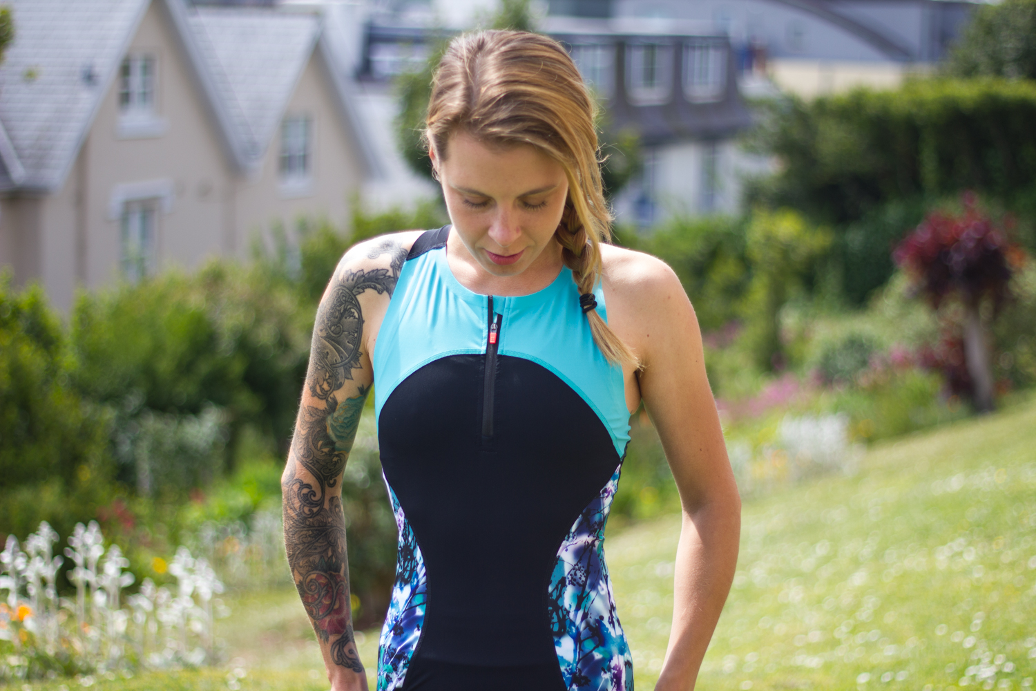 Juliet elliott Sweat Betty Zoom Tri Cycling Top and Shorts