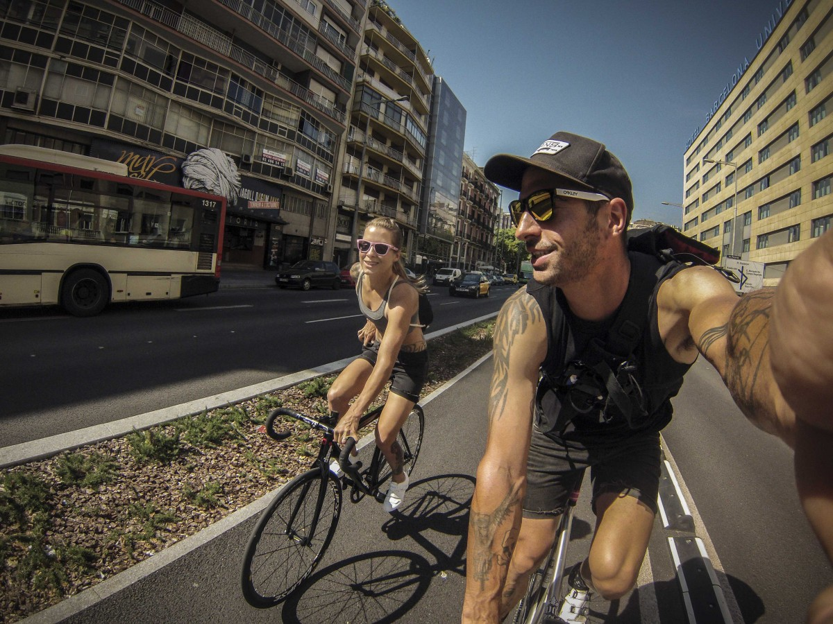 Juliet Elliott & Dave Noakes GoPro Barcelona fixed gear