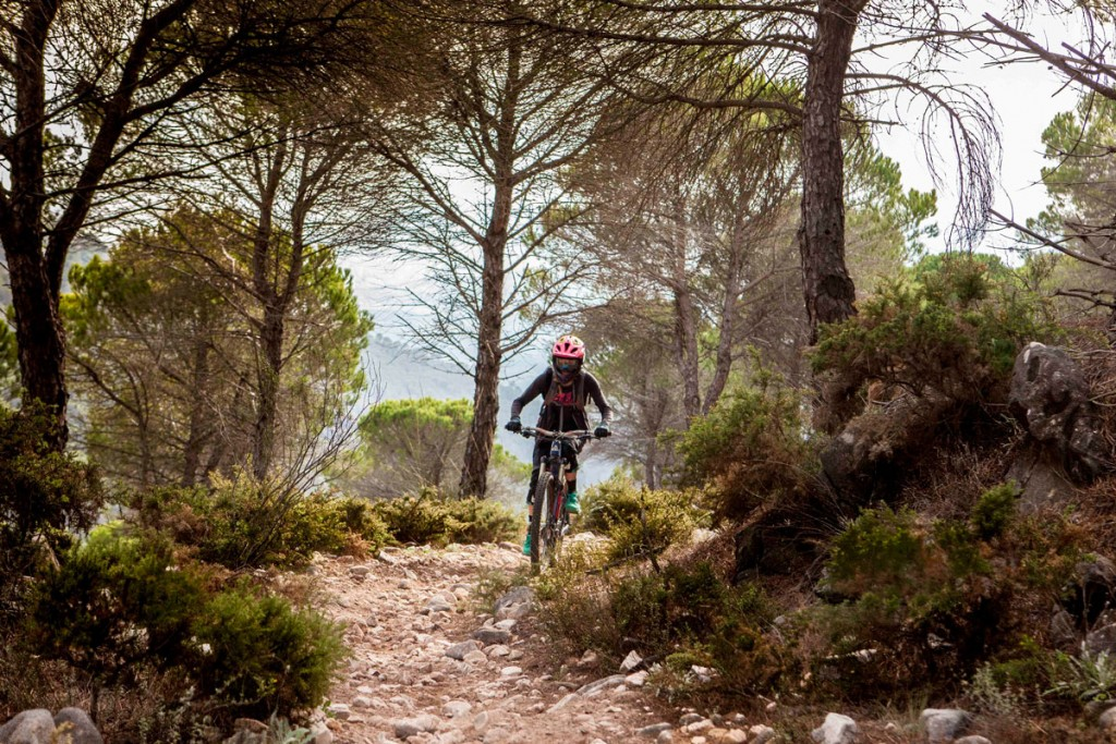 juliet elliott mountain biker Malaga Enduro