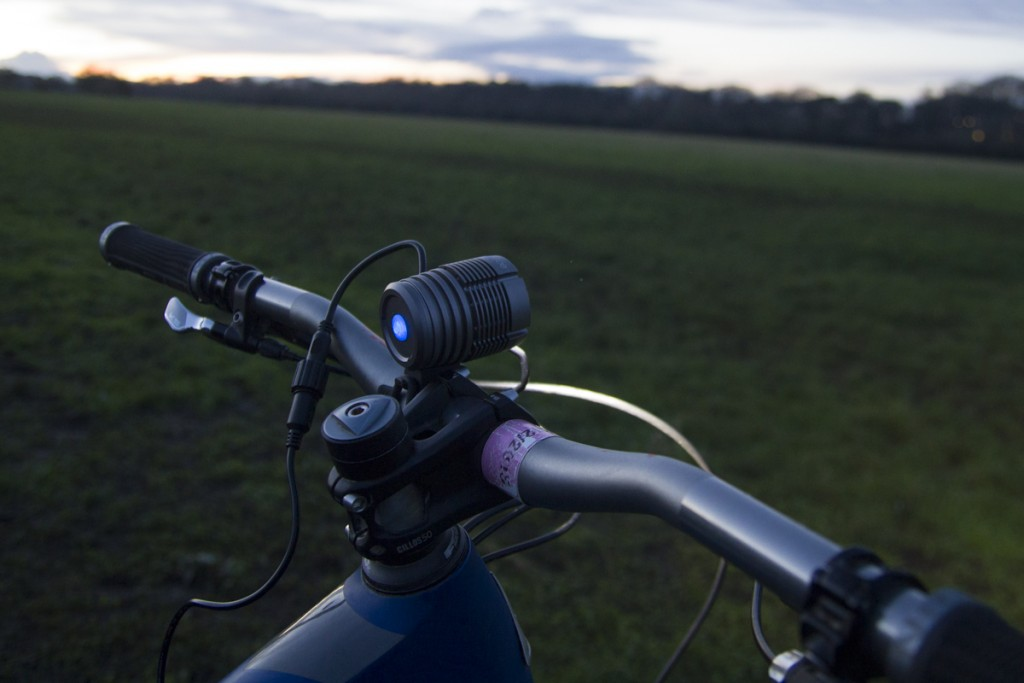 UGOE 6000lm lights review mountain bike