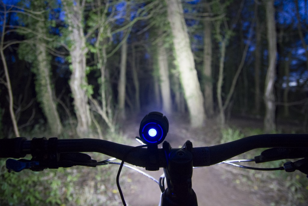 juliet elliott night riding mtb light UGOE review ashton court-9